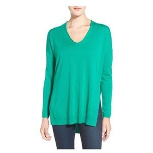 Trouve kelly green sweater